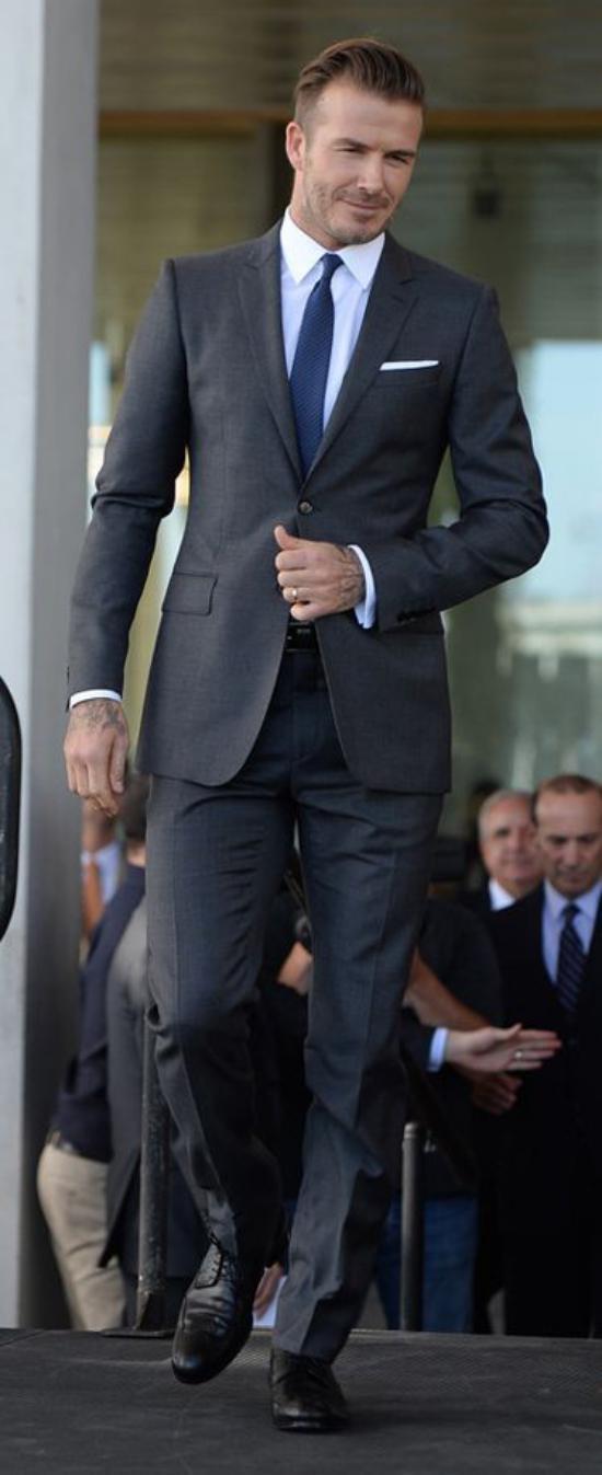 تصاویری مختلف و جدید از مدل کت و شلوار مردانه جدید
