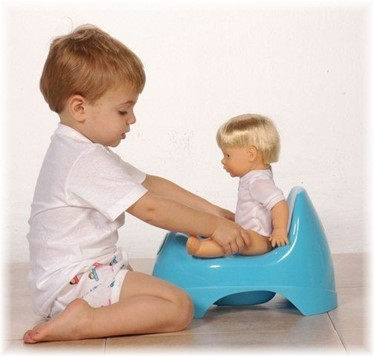 زمان از پوشک گرفتن کودکان با ترفندهای ساده زیر