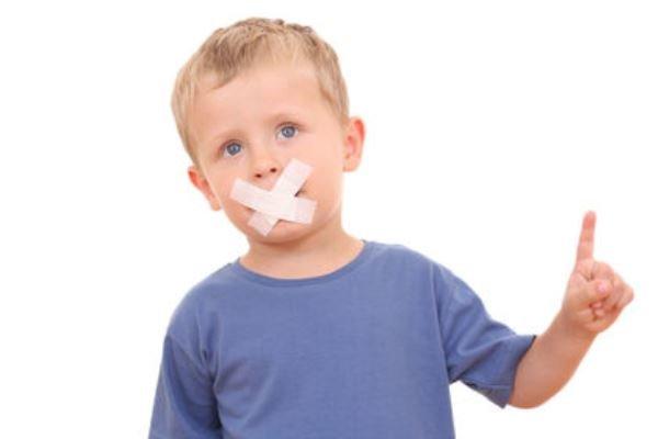 علت لکنت زبان کودکان و نحوه درمان لکنت زبان