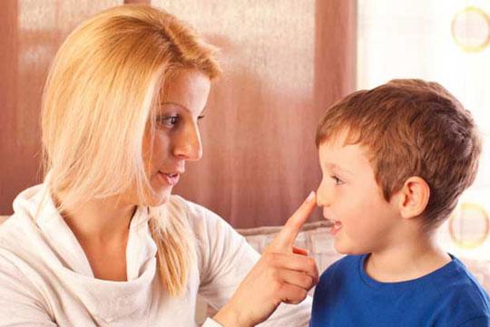 آموزش صداقت به کودکان و پرهیز از دروغگویی