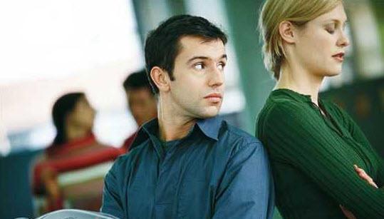با شوهر چشم چران چه رفتاری باید داشته باشیم؟