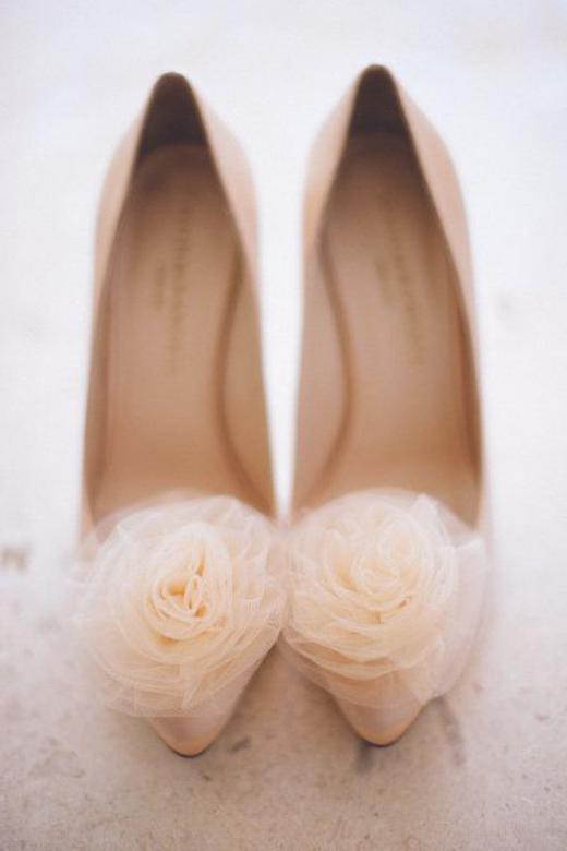 کالکشنی از انواع مدل کفش عروس پاشنه بلند سال 2018 – 97