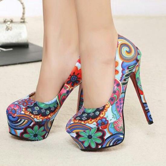 مدل کفش مجلسی شیک پاشنه بلند که تیپ شما را متفاوت میکند