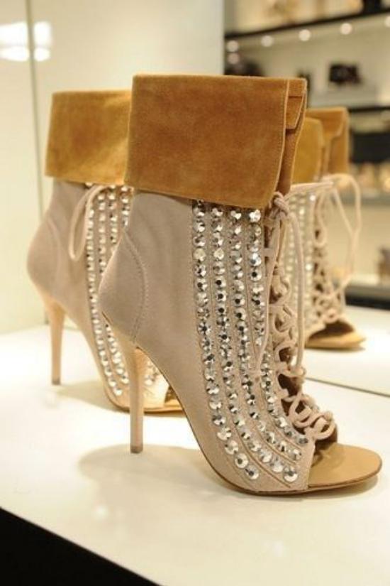 مدل کفش مجلسی زنانه فوق العاده زیبا و دیدنی