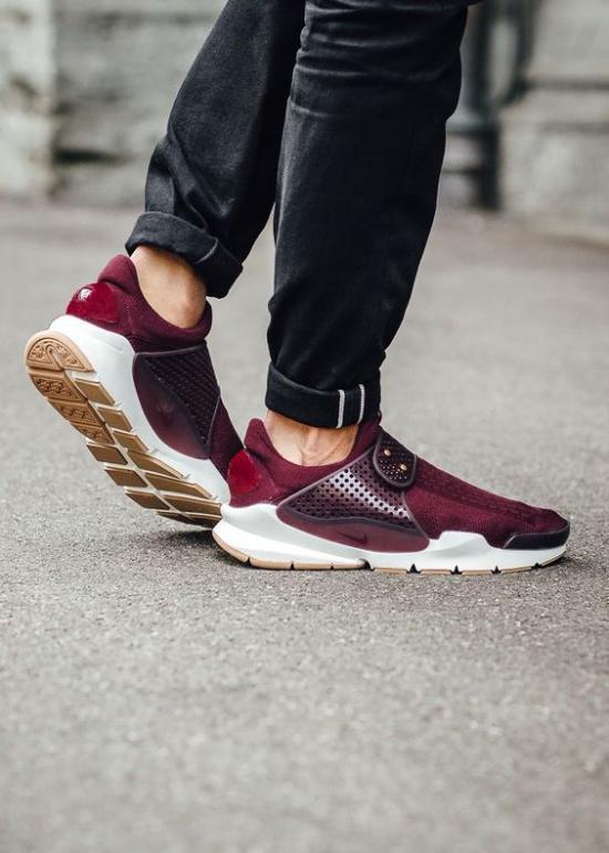 جدیدترین مدلهای کفش اسپرت مردانه با طرح های شیک و متفاوت