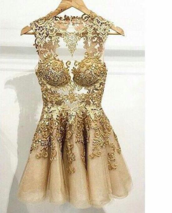 مدل لباس مجلسی زنانه با پارچه گیپور با جدیدترین مدلهای طراحی شده