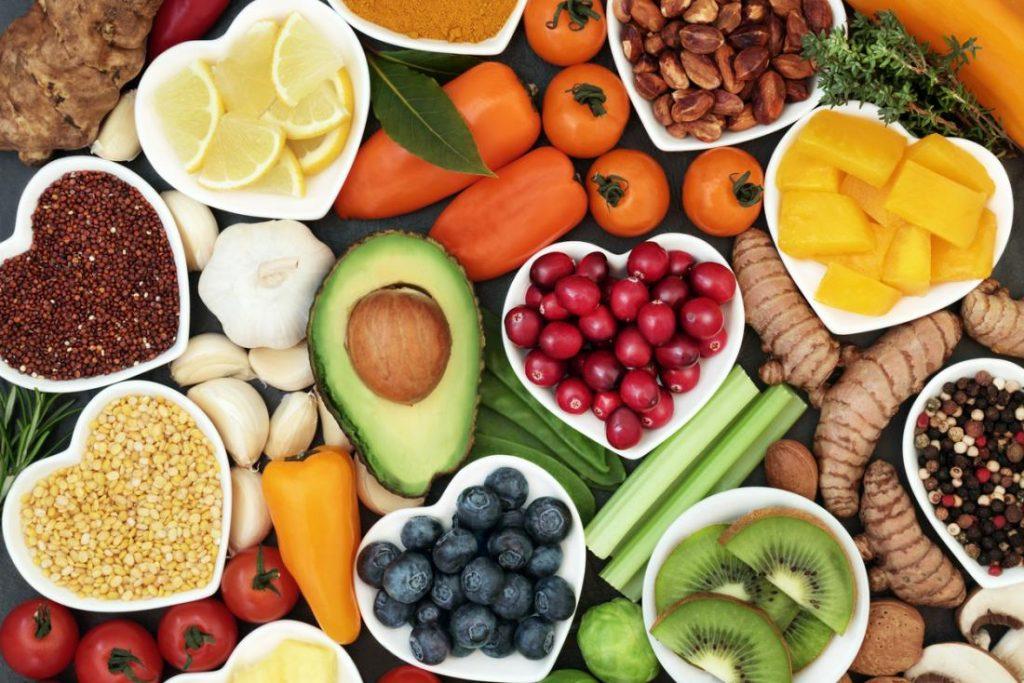 کدام مواد غذایی غنی از ید هستند؟ بررسی 9 ماده غذایی حاوی ید
