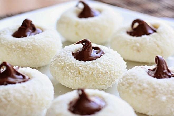 دستور پخت شیرینی نارگیلی جدید مخصوص عید نوروز