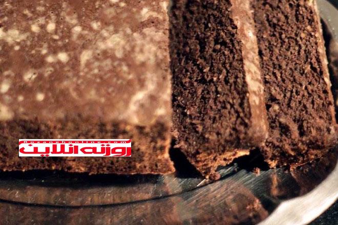 چگونه کیک کاکائویی بدون شکر و روغن درست کنیم ؟