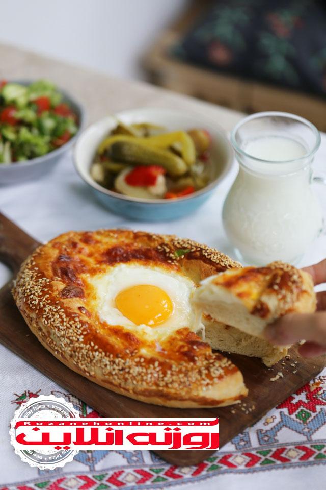 پیده پنیر  و تخم مرغ برای افطار یا سحری
