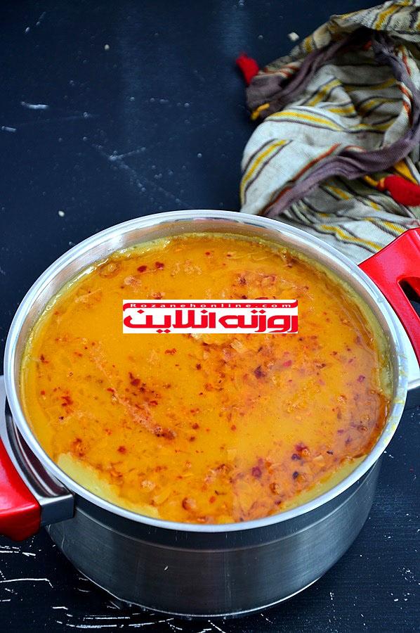 چگونه سوپ دال عدس با برنج درست کنیم