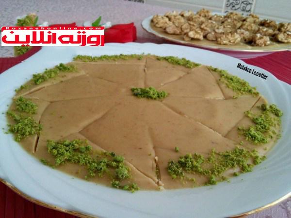 طرز تهیه حلوای آرد بدون شربت