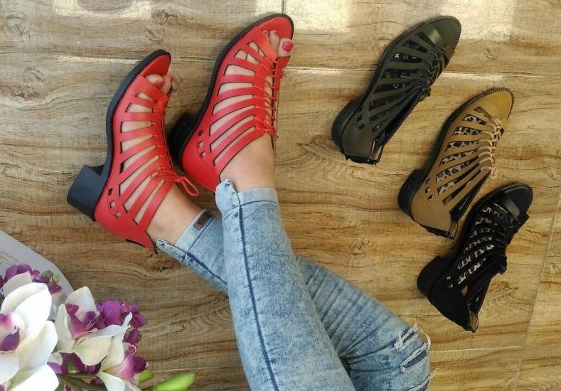 مدل کفش دخترانه جدید 2019 با طرح های جذاب و زیبا