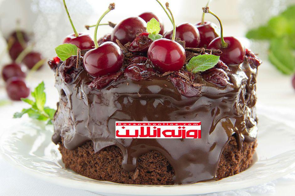 طرز تهیه کیک آلبالو برای کسانی که می خواهند چاق شوند