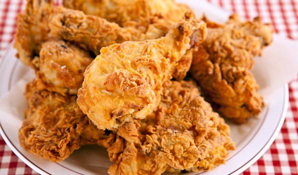 عوارض خوردن غذاهای چینی و مرغ سوخاری کنتاکی