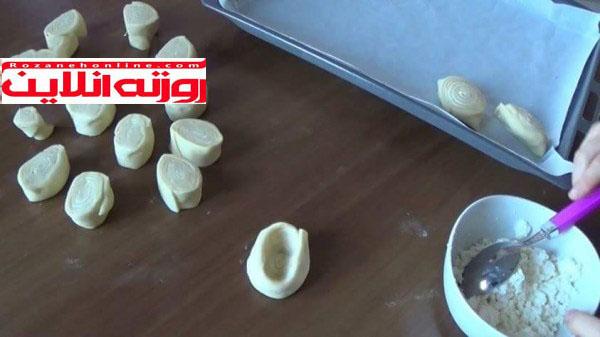 چگونه شیرینی بادام بورا درست کنیم