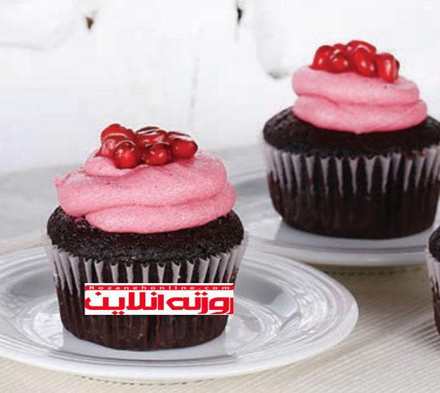 کاپ کیک انار برازنده مهمانی : کلاه های رنگی