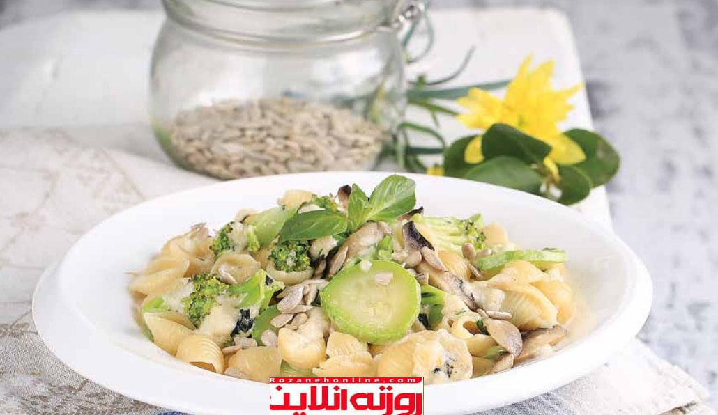 گیاهی و پر از عطر: پاستا سبز