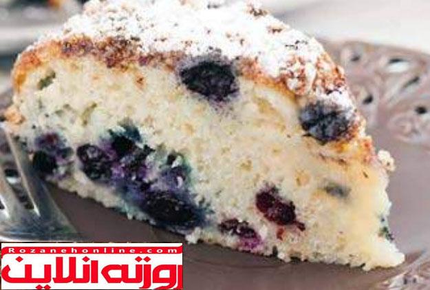 کیک گلابی و بلوبری
