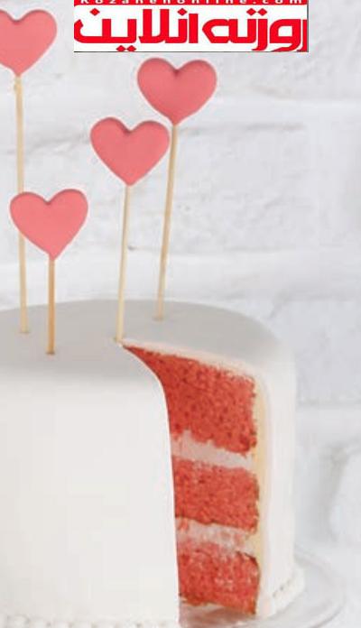 آموزش کیک عاشقانه ها: هنرنمایی با شکوه با قلب های صورتی
