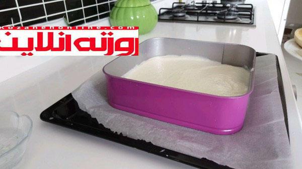 کیک خیس با رنگ طبیعی را اینطوری درست کنید